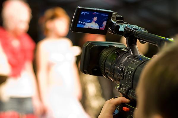 Профессиональный оператор видео